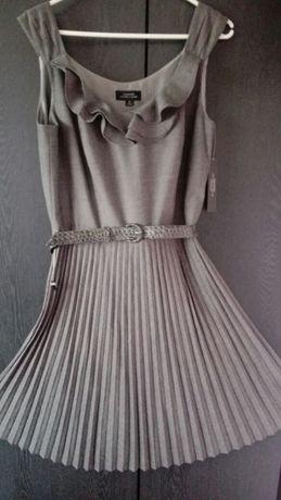 Sukienka Tahari
