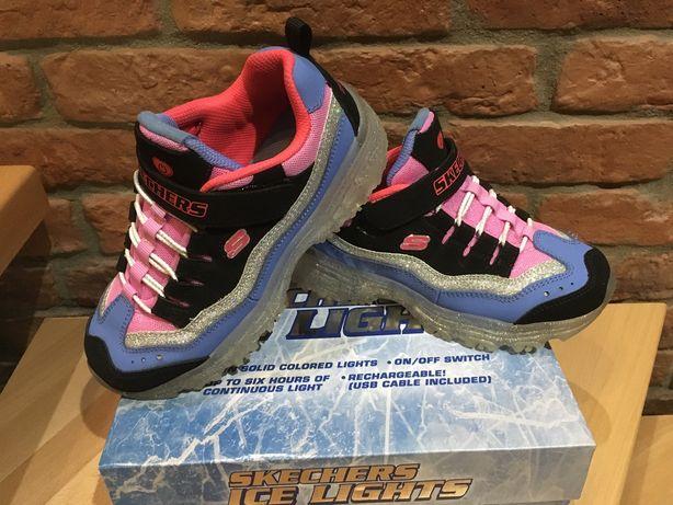 Кроссовки Skechers со светящейся подошвой