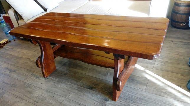 Stół drewniany idealny do altany