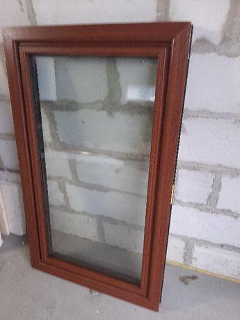 Okno PCV macore ciemny dwustronnie 86 x 143 , 3 szybowe
