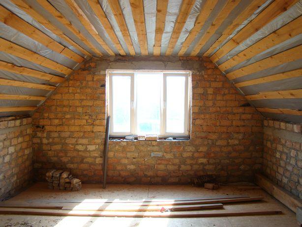 Продам двухэтажный дом на стадии реконструкции