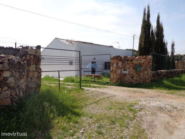 Moradia T4 com terreno | Sitio do Pinhal | Ferreiras | Albufeira.