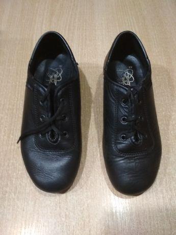 Продажа детских танцевальных туфлей на мальчика 15 р. 18,5 см.
