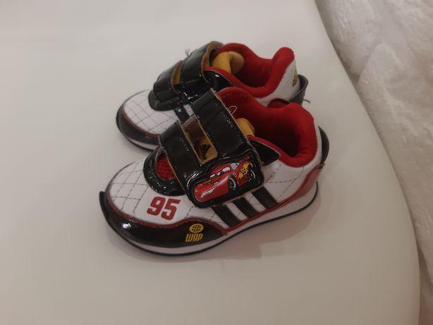 Кроссовки adidas. 20 р. 13 см стелька