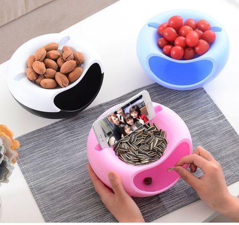 Контейнер,миска для снэка,семечек,фруктов,чипсов с позами для телефона
