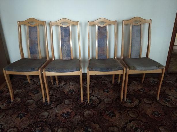 Krzesła drewniane 4szt.