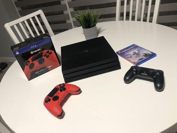 Playstation 4 Pro /2 pady Nacon Revolution PRO /GRA