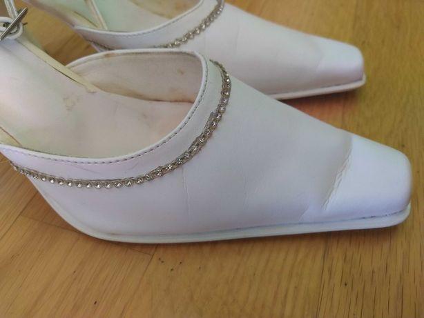 Buty ślubne oddam