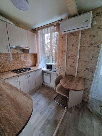 2-комнатная в р-не Крытого рынка с ремонтом,автономкой и мебелью