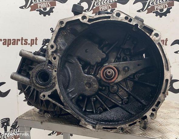 Caixa de velocidades Kia Carnival 2.9 TDI REF. Y00060-2276