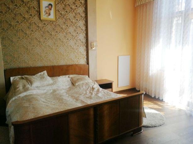 Ексклюзивна 5 кімнатна квартира початок вул. Ген. Чупринки з балконом!