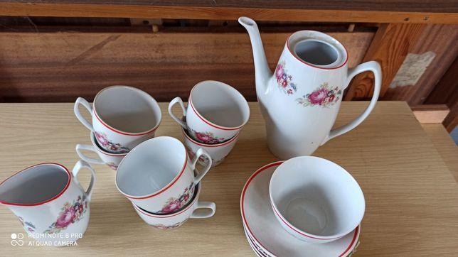 Serwis kawowy porcelana chodzież prl