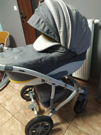 Wózek 3 w 1 (gondola, spacerówka, fotelik)