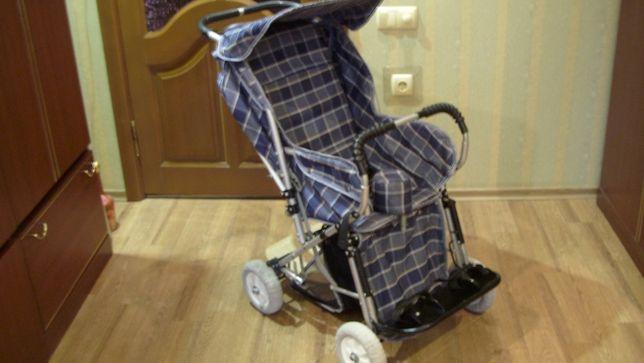 Детская коляска для ребёнка от 0,5 года, б/у, в хор. сост. в Донецке