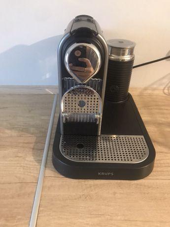 Krups Nespresso Citiz&Milk XN730T10 plus kapsułki i pojemnik