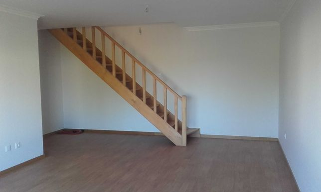 Apartamento T3+2 Duplex Ranhados (Viso Sul)