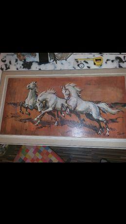 Piękny obraz-konie w galopie z sygnatura