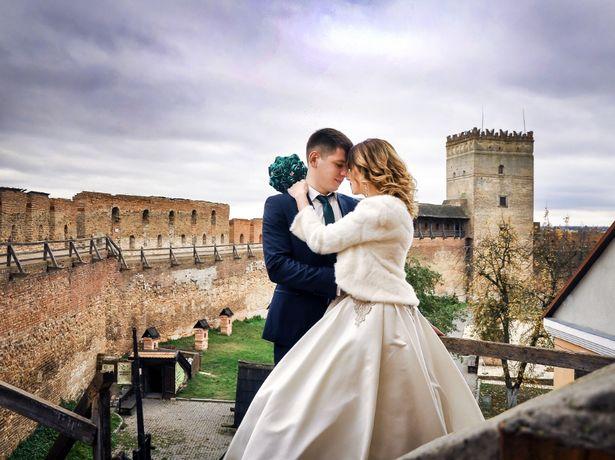 Відеооператор, відеограф фотограф на весілля