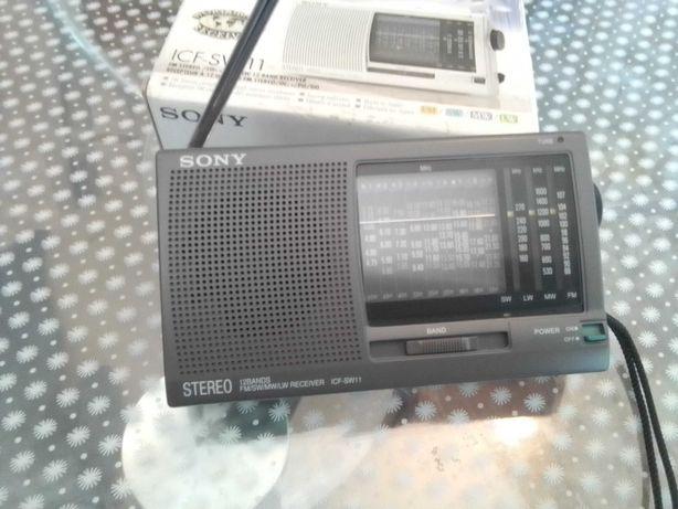 Продаю радиоприемник Sony ICF-SW11 оригинальный Japan