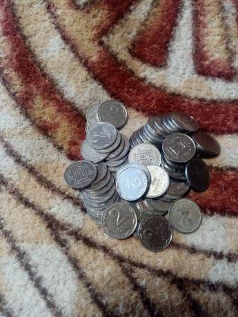 Продам монеты 25,  5,  2,  1 коп.