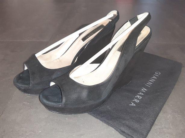 Sprzedam buty na koturnie firmy włoskiej firmy Gianni Marra