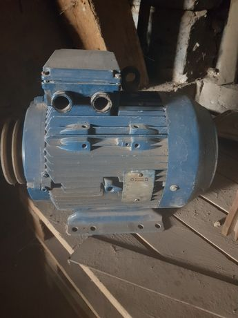 Silnik elektryczny,  kompresor
