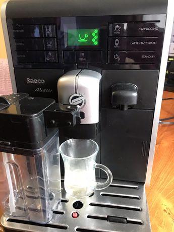 Кофемашина Saeco Moltio HD8769 с Молочником!