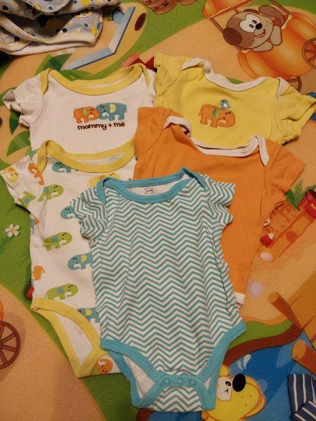 Детская одежда: набор бодиков