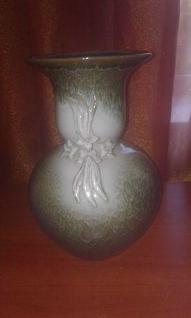 Продам велику вазу