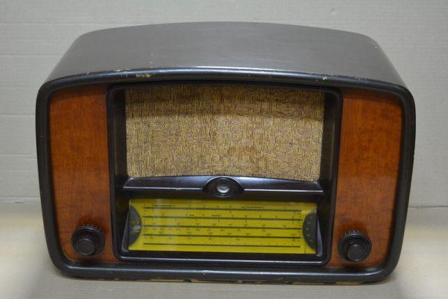 Радиоприемник Радиолы СССР Нева Урал Пунане-Рэт VV-663 Минск