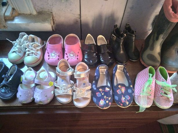 Обувь для девочки все за100грн