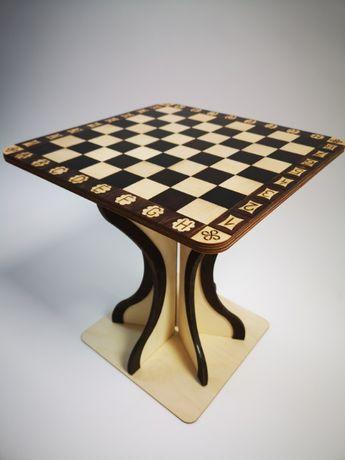 Szachy, gra, stolik szachowy