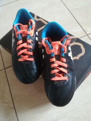 Buty piłkarskie korki Kappa rozm. 32