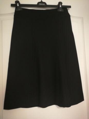 Spódnica dobra gatunkowo spódnica z hm, rozmiar 34,kształt litery A