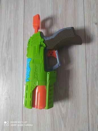 Pistolet na strzałki z x-shot