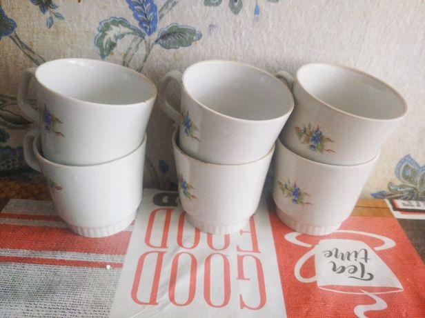 Чашки шість штук..