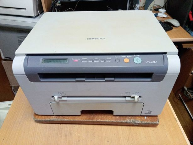 Лазерное МФУ Samsung SCX-4200 (принтер/сканер/копир)
