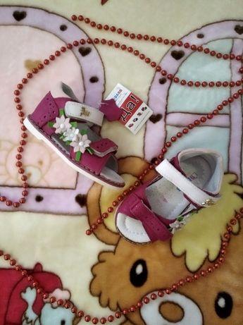 Кожаные ортопедические босоножки для девочек, каблук томаса, 21р!