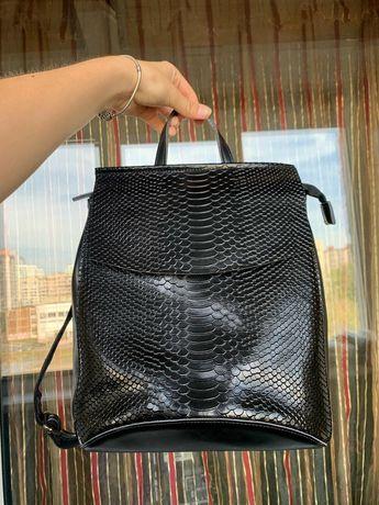 Продам рюкзак кожа