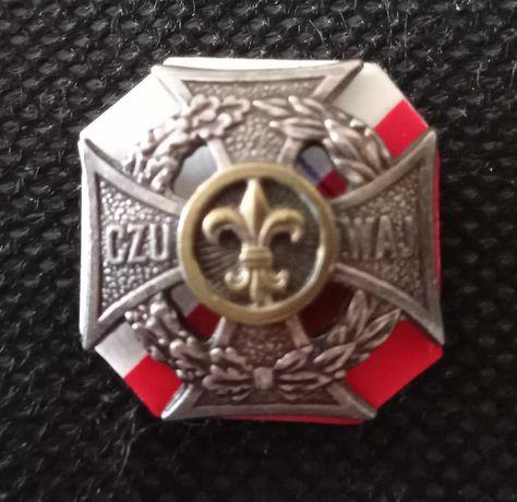 Krzyż harcerski z nabitą złotą lilijką