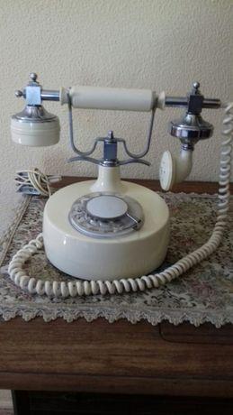 PRL Telefon stacjonarny podłączyć do gniazdka i działa