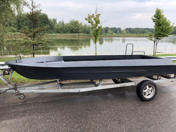 Продам лодку для охоты и рыбалки/Крым