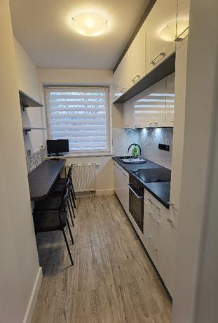 Wynajem mieszkania 61m2, 3 pokoje, ul. Sienkiewicza, Wrocław centrum