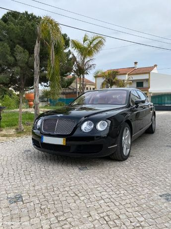 Bentley Continental Flying Spur Standard