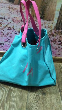 Женская сумка голубого цвета то
