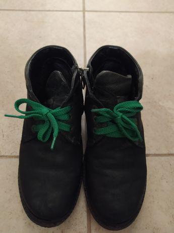 Продам взуття весна-осінь на хлопчика нубук 36 розмір