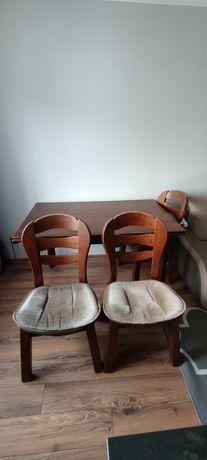 Stół z 4 krzesłami drewniane