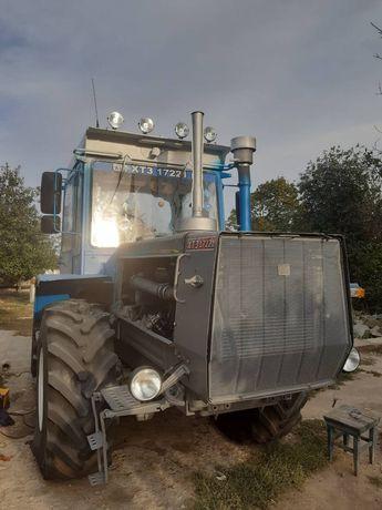 Трактор ХТЗ 17221