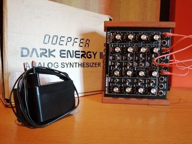 Sintetizador Doepfer Dark Energy 2 (Analog synthesizer)