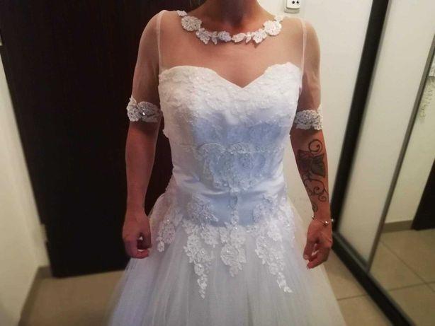Suknia ślubna w idealnym stanie